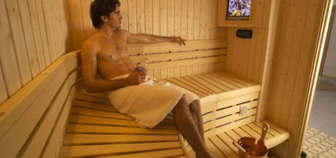 Saunas Help Cleanse Skin During Cold Winter Months